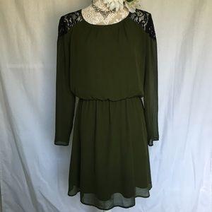 Gianni Bini // Green Lace Cold Shoulder Dress